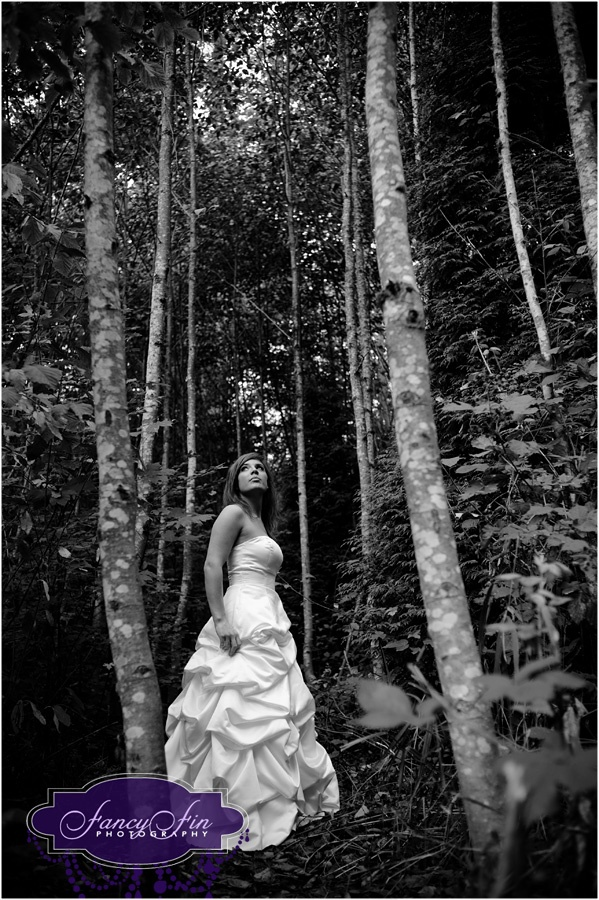 outside trash the dres | Brandi :: Trash the Dress in the forest » Fancy Fin Photography