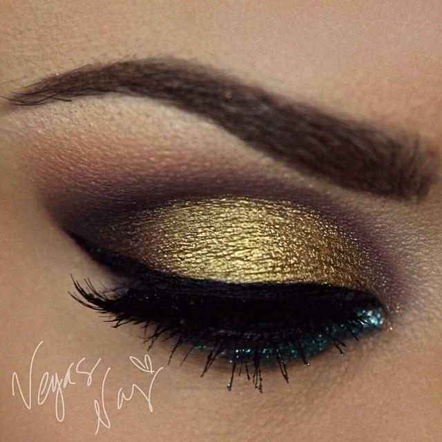 #sugarpillmakeup goldilux on lid to make it pop!  #nyxcosmetics  @ vegas_nay