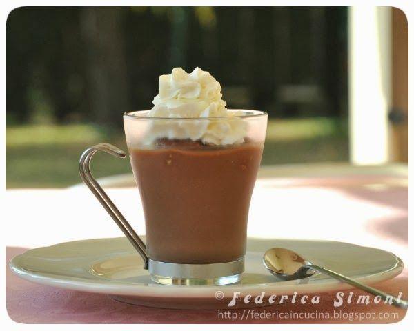 La cucina di Federica: Coppa con crema al cioccolato e wafer