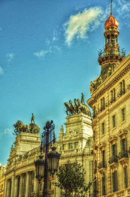 Antigua sede del Banco de Bilbao - Photo by Alejandro García Bermejo / http://alejandrogarciabermejo.blogspot.com.es/