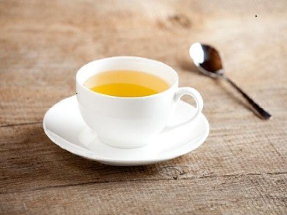 Die gesundheitlichen Vorteile von Grünem Tee sind längst bekannt. Eine Studie der Universität Hong Kong (2010) zeigt, dass er sogar grünem Star vorbeugen kann.