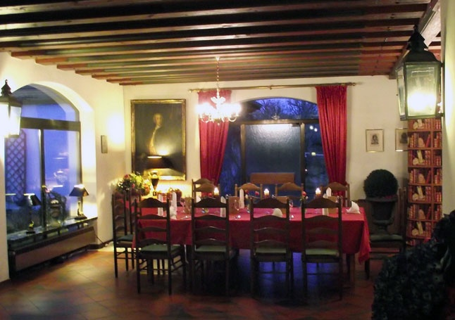 Hotel Platengarten, Ansbach, Schlossplatz,Promenade, Germany, Hotel,party,event,rooms,hotelzimmer  #hotel #ansbach #central  #romantisch #denkmal #historisch
