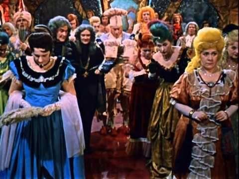 Королевство кривых зеркал (1963 А.Роу)