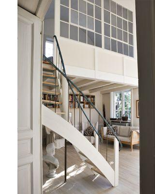 indoor window, room divider, stairs