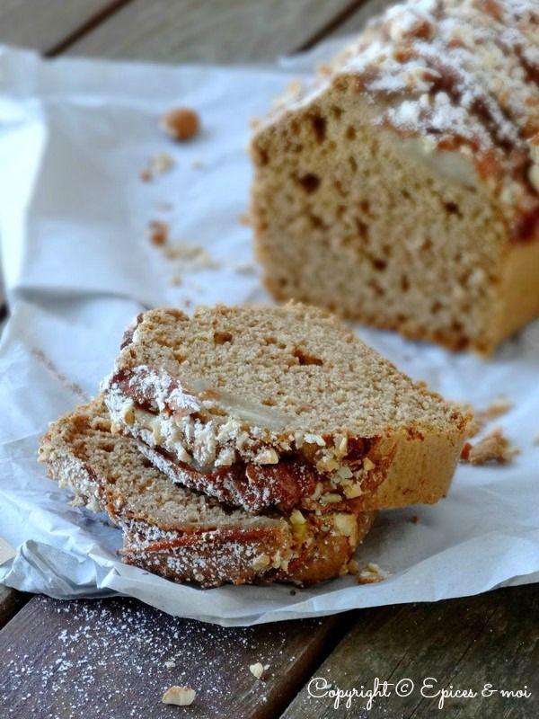 Recette Cake aux amandes et poires saveur pain d'épice.