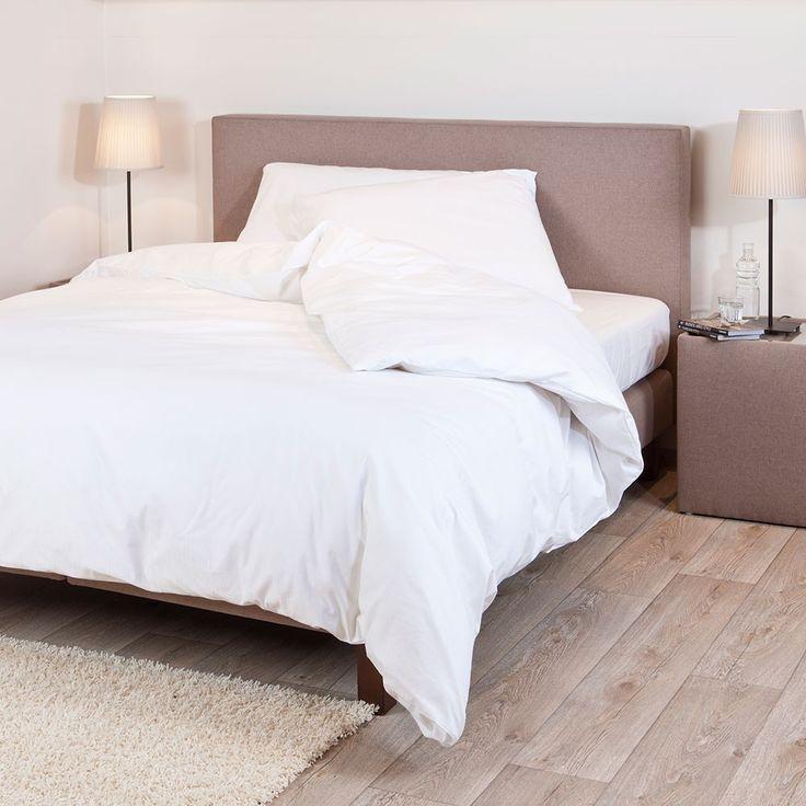 wei e bettw sche kaufen m belideen. Black Bedroom Furniture Sets. Home Design Ideas