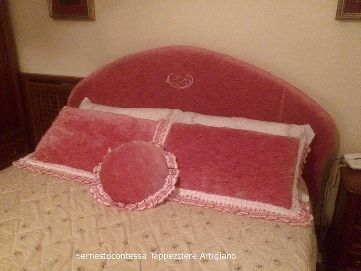 Testiera letto con ricamo personalizzato tessuto velluto lino