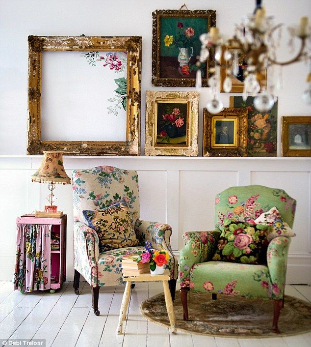 Chintz fabric  Boho chairs More. Best 20  Vintage frames ideas on Pinterest   Painted picture