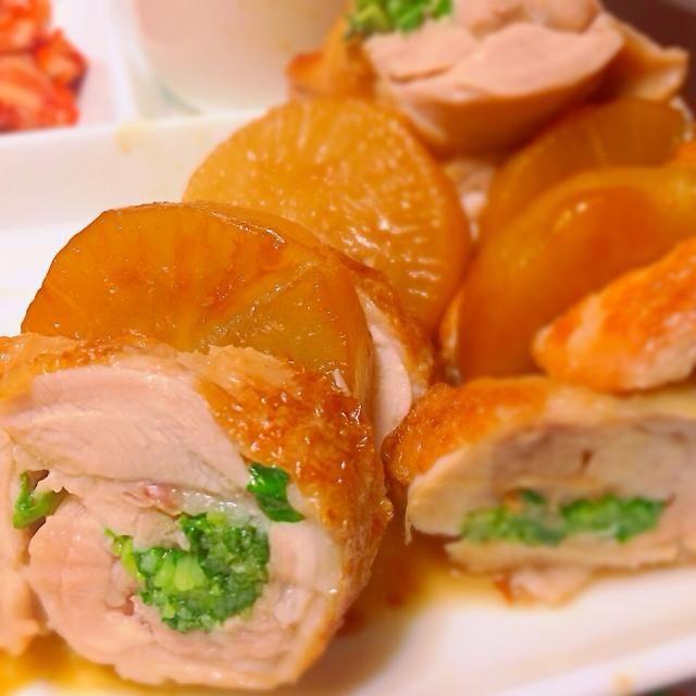 豆苗を巻いた鶏ももと大根をめんつゆとハチミツで煮ました。 - 5件のもぐもぐ - 鶏ももと大根の煮物 by Haruna  Endo