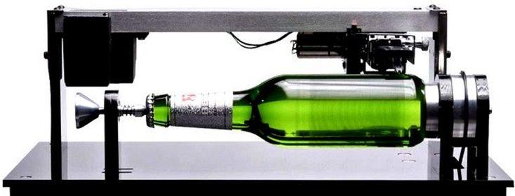 Música en una botella de Cerveza Beck's ● «Música en una botella» suena romántico, sin embargo,pensar en utilizaruna botella de vidrio como soporte de grabación musical, y que posteriormente pueda ser reproducida, parece descabellado, aunque hay que reconocer que esuna idearealmente original. Imaginación y acontecimientos La curiosa ... - #Cerveza, #BeckS #Música #Sonido #ThomasAlvaEdison #NoLoOlvides