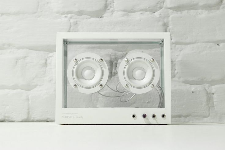 This transparent speaker has built-in sensors that detect when parts need to be replaced, repaired or updated, and notifies users via their smartphones.