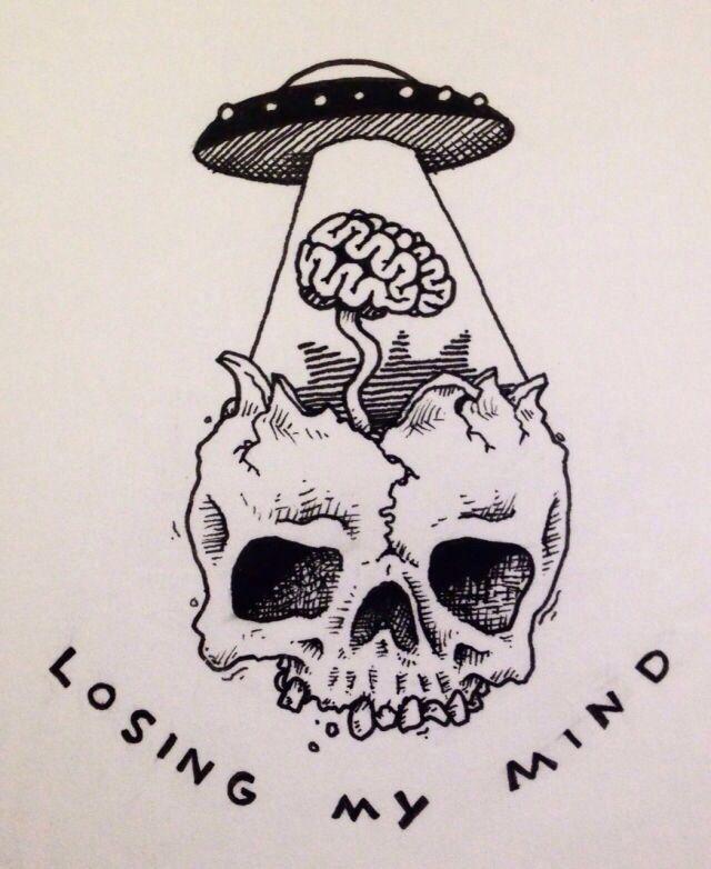 skull alien tattoo