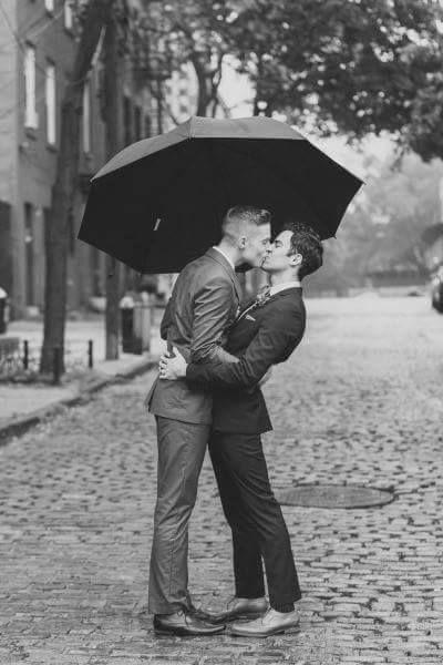 Kiss in the rain Beso en la lluvia