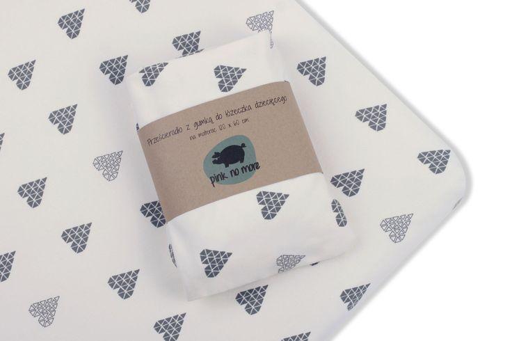crib sheets; hearts pattern; cotton