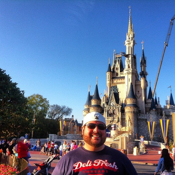 Being a walking billboard & Sharing some Deli Fresh Thread at Disney World.