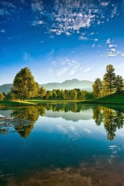 Drakensberg, South Africa  #Beautiful #Places #Photography