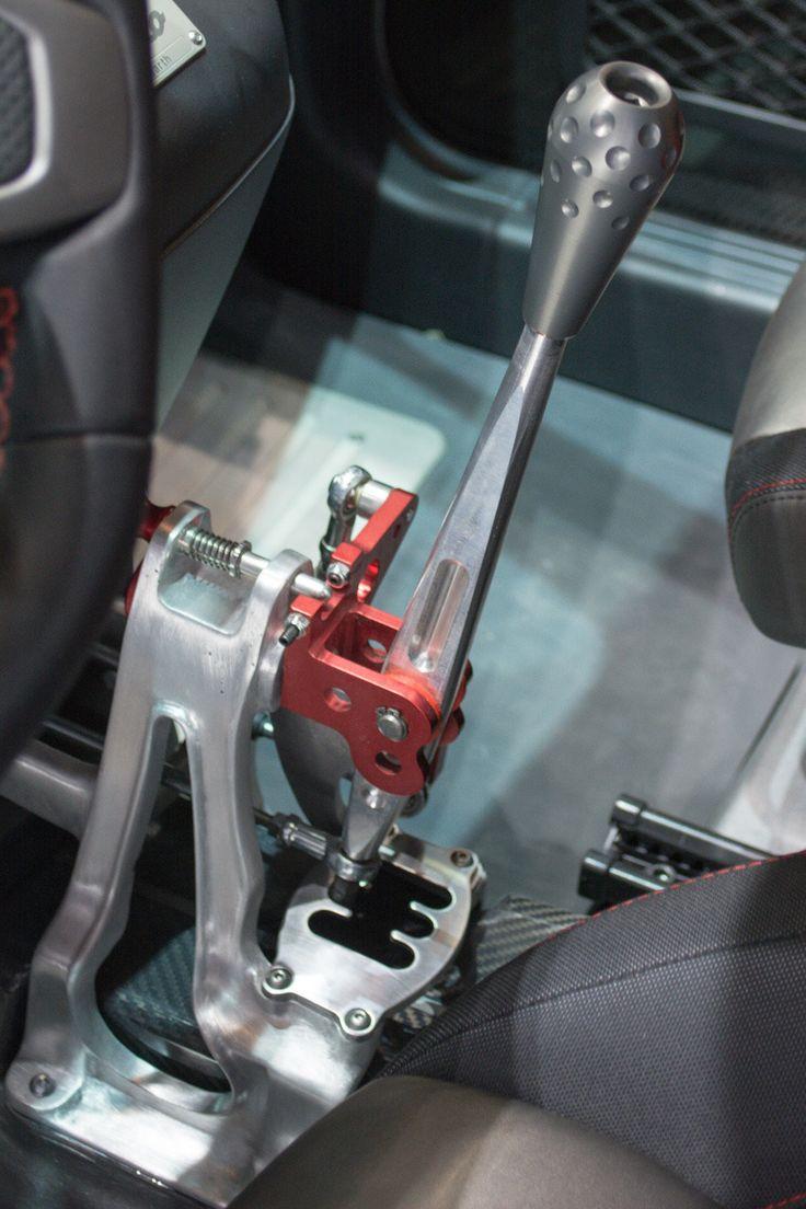 Fiat 500 Abarth 695 Biposto / raw mechanical gear shifter