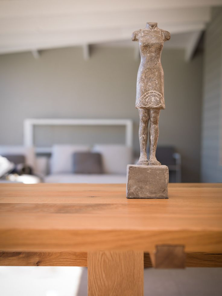 'Paul' an unique solid oak table from my signature series. #oak #table #decor #interiordesign #capetown www.tablemountingco.co.za
