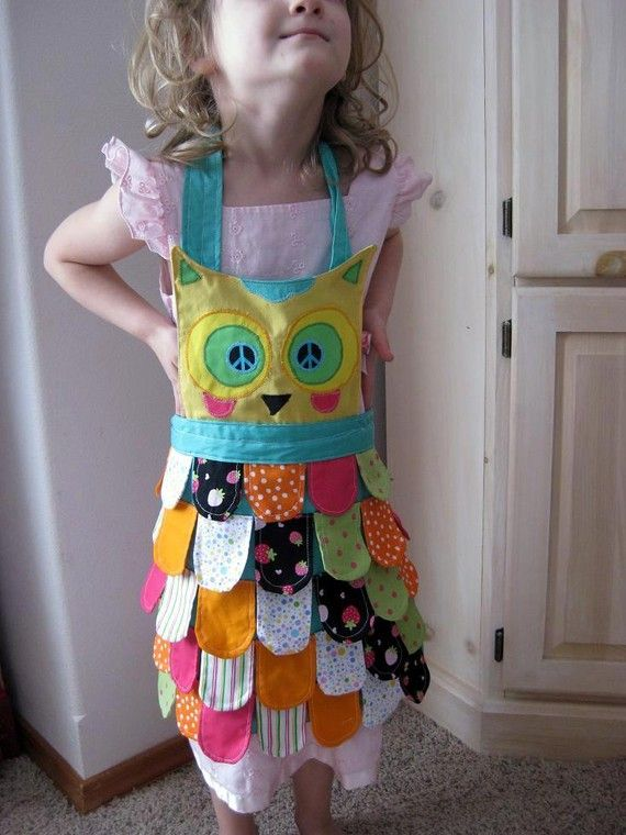 Kids Mini Rainbow Owl Apron ages 3 to 7 // Made to by ZigZags123, $40.00--- =)
