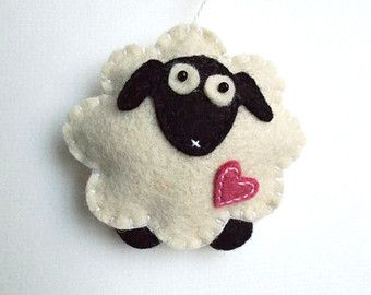 Felt sheep ornament - handmande felt ornaments - Christmas/Housewarming/Easter home decor - Baby shower - eco friendly
