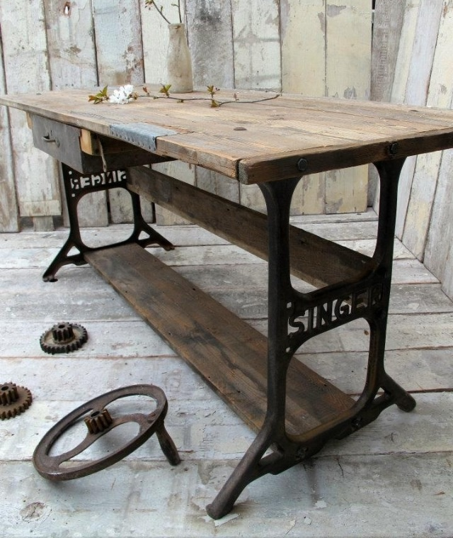 Nice use of an old sewing machine.