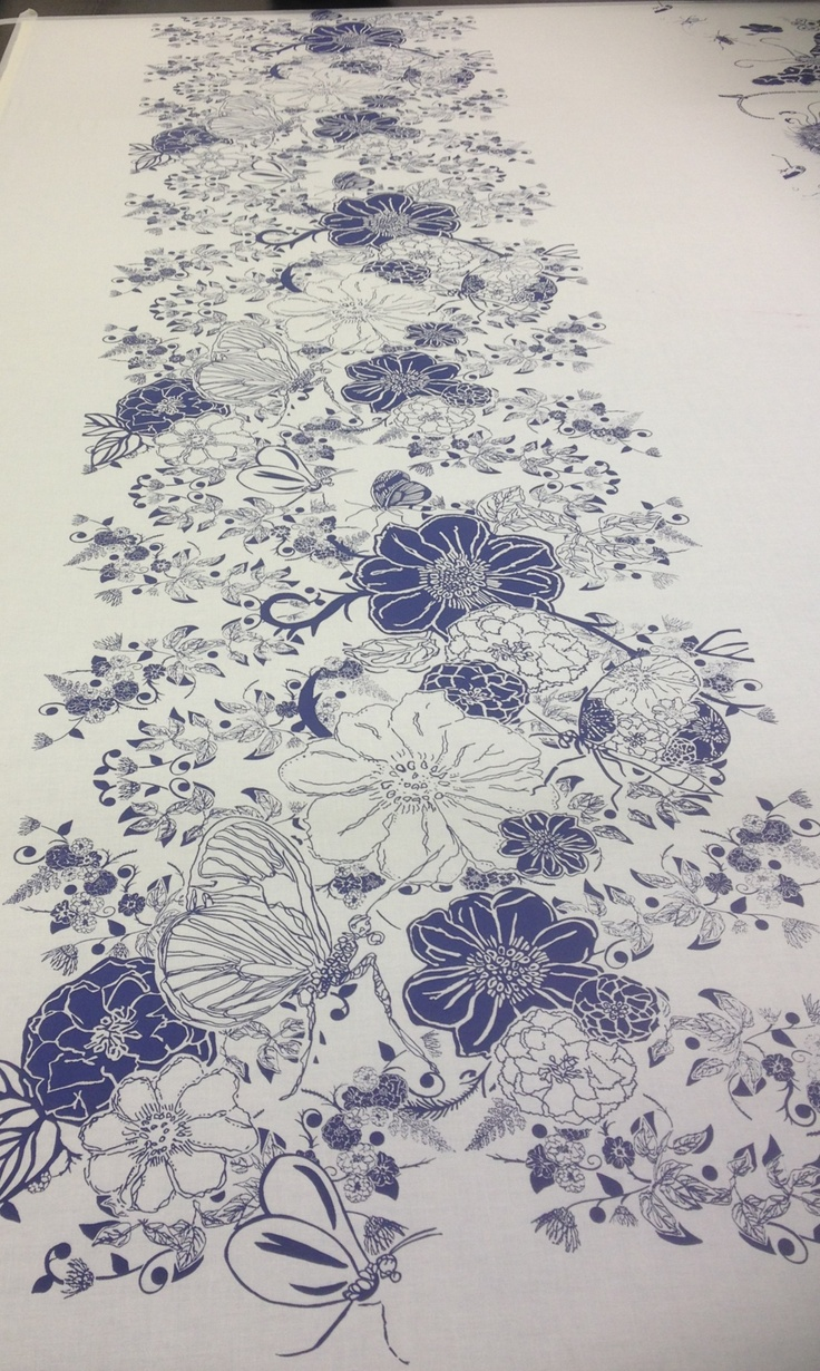 Screen printed fabric