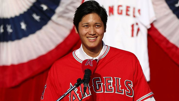 awesome Ohtani to be treated as 2 different players in fantasy baseball