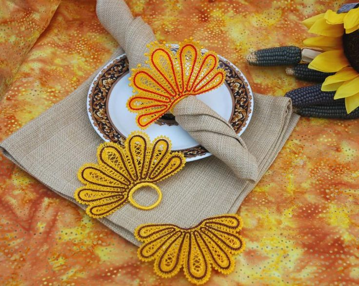 Advanced Embroidery Designs - FSL Battenberg Turkey Tail Napkin Ring and Corner Lace Set
