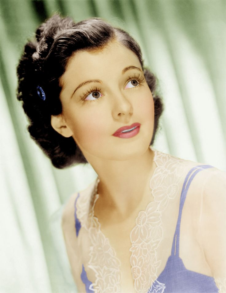https://flic.kr/p/BbqqPN | Ruth Hussey 1 colour