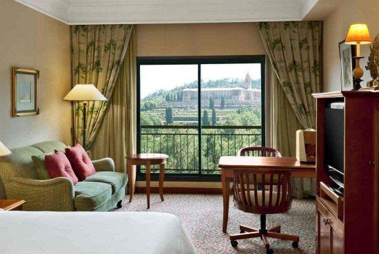 Sheraton Club Room - Sheraton Pretoria Hotel