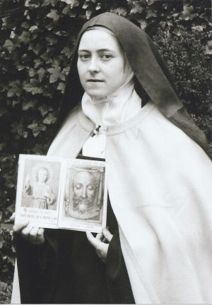 This site has prayers WRITTEN BY St. Therese of Lisieux!