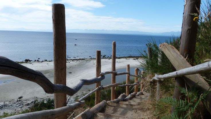 Book the Lund Water Taxi for a daytrip to Savary Island!