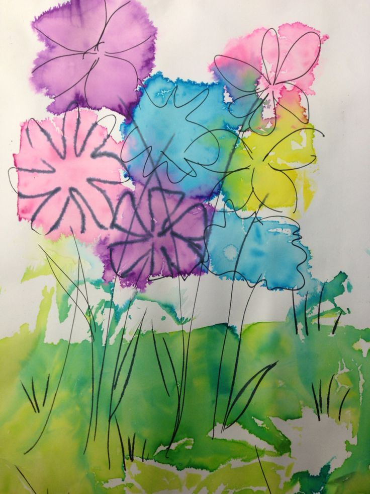 Kukkia Silkkipaperimaalauksella ja tussilla