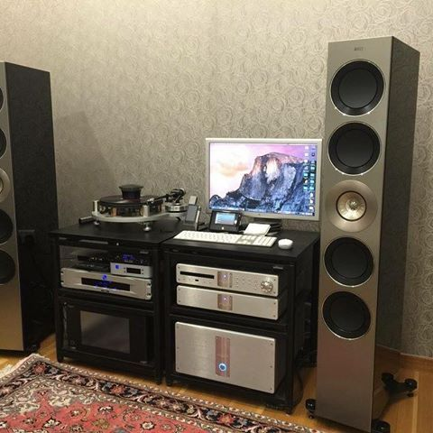 The stunning KEF Reference Five Speakers with Krell Evolution electronics #TheSpeakerShack #Speakers #Amplifiers #KEF #HighEnd #Music