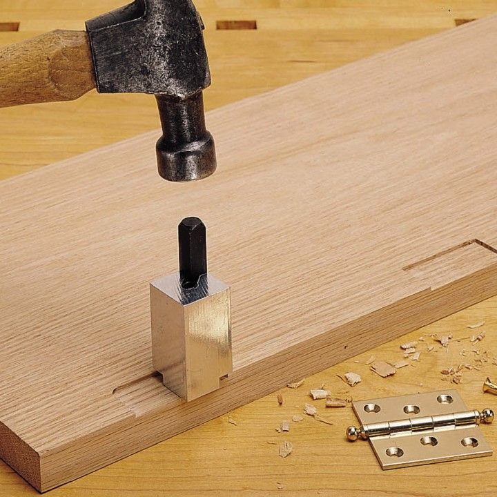This easy to use spring loaded chisel instantly squares round corners on hinge mortises. Just tap lightly with a hammer for a perfectly squared corner.
