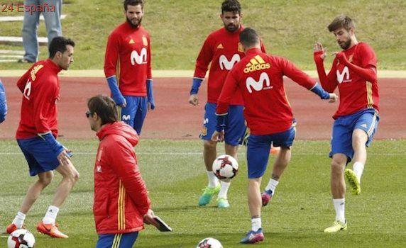 Asensio 'dobla' con la selección española
