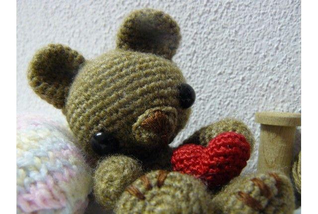 Teddy bear love amigurumi