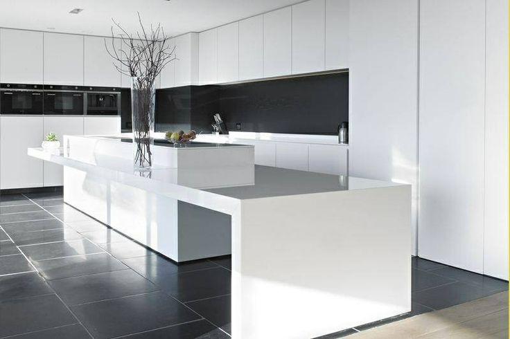 10 beste afbeeldingen over woontrend strak modern op pinterest met roest en ontwerp - Centraal koken eiland ...