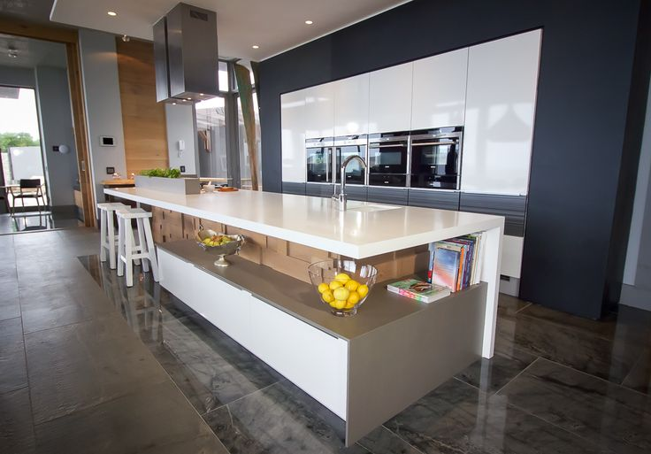 Caesarstone Kitchen of the Year 2016 | Imported Category | Inside Living, Garden Route design by Sam Edmeades and Paul Raymer featuring Caesarstone Pure White