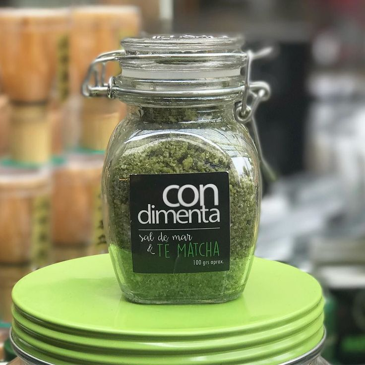 Les recomendamos probar la nueva línea de sales con #MatchaChile de @condimenta.sabores  Condimenta tus comidas obteniendo las propiedades del Té Matcha!  ------ #matcha #matchatea #téVerde #condimentar #sal #detox #matchadetox #chile #propiedades