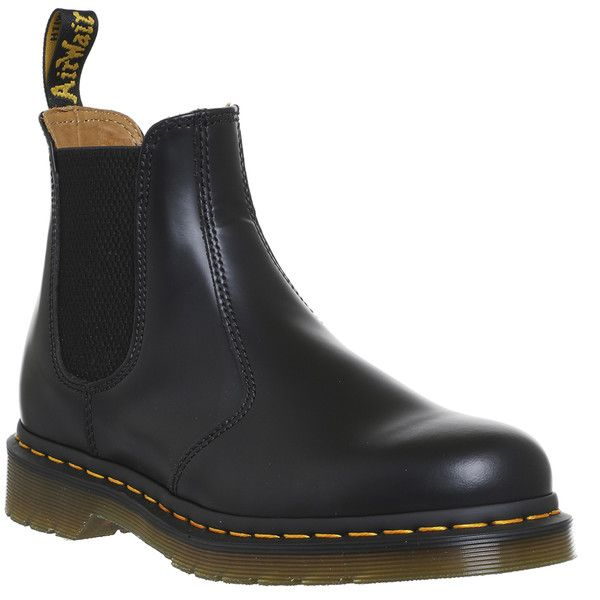 Dr. Martens 2976 Chelsea Boots Black Smooth Leather ($150) ❤ liked on Polyvore featuring shoes, boots, ankle booties, beatle boots, kohl boots, black boots, black booties and chelsea boots