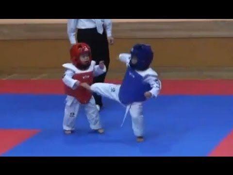 Lol the cutest kiddie taekwondo fight, guess who wins