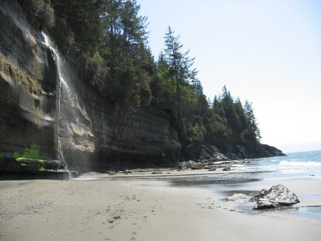 Waterfalls Juan de Fuca Trail   China Beach Botanical beach