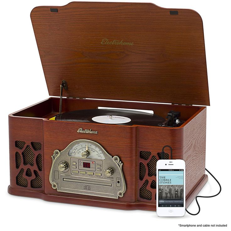 The Electrohome Winston Vinyl Record Player is the best vintage record player for those wanting an affordable turntable that also plays CDs and radio.