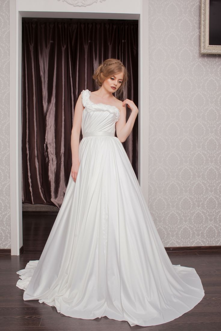 Grab Inspirations For Your Own Wedding Dress Using Our Large Wedding ...