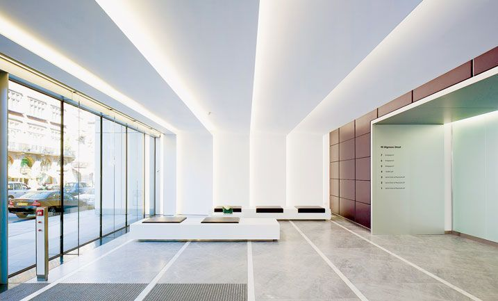 Reception lighting design at 95 Wigmore St by Orms Architects
