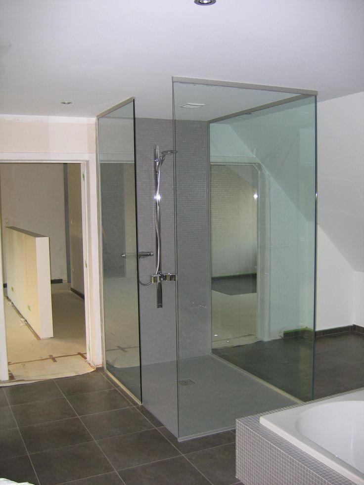 Glazen douchedeuren, douchewanden en inloopdouches