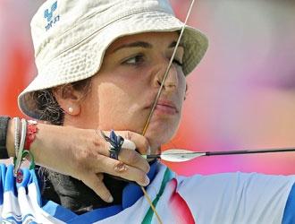 Mijno vince la medaglia d'argento al tiro con l'arco.