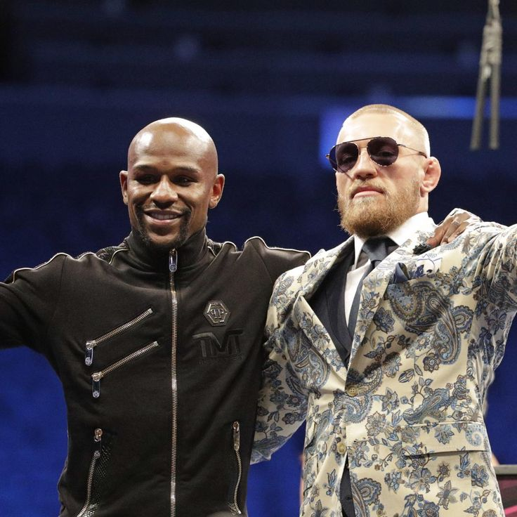 Floyd Mayweather 'I Carried' Conor McGregor to Make Fight