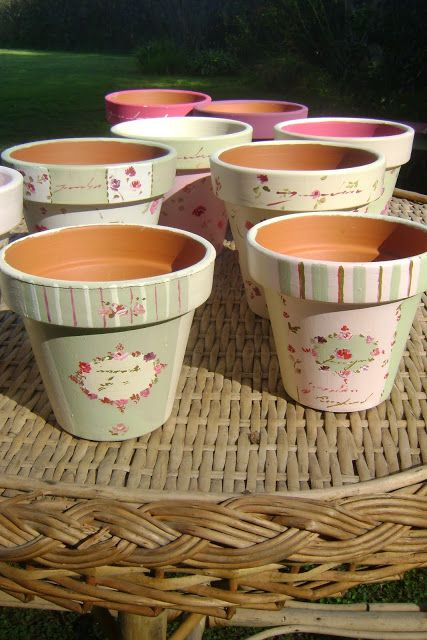 Ideas vintage - Shabby Chic pots....